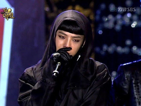 "G-Dragon tears up over ""Lies"""