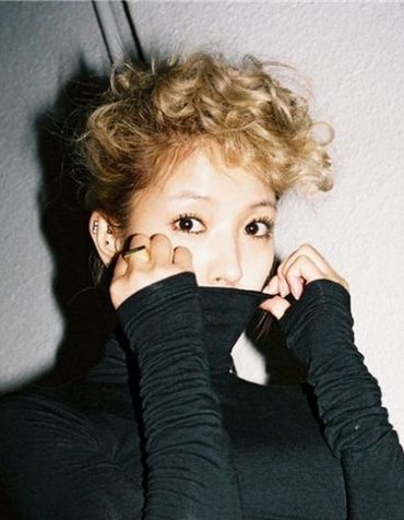 BoA in ajumma curls for repackaged album??