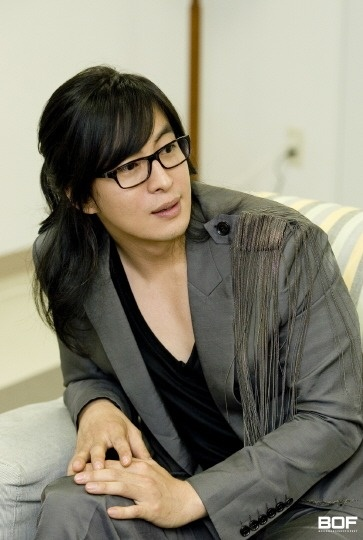 Bae Yong-joon's book to be made into documentary