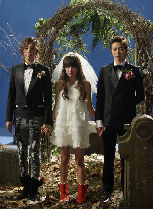Joseon F4 exits, Mary comes to visit