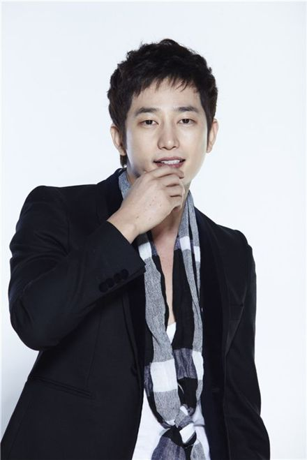 "Park Si-hoo to promote ""Prosecutor Princess"" in Japan 