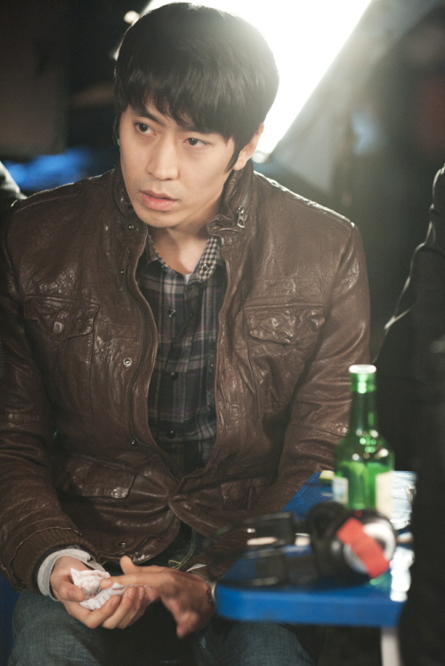 "[Photos] Eric on the set of ""Poseidon"""