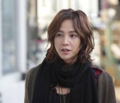 Jang Geun Suk Sports a New 'Do on the Streets of Hongdae