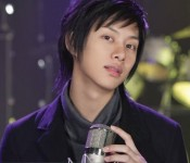 Is Kim Hee Chul suffering from a multiple personality disorder?