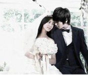 YongSeo Couple takes their Wedding Pics?