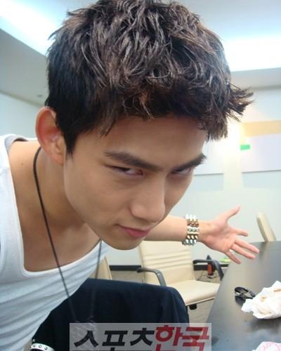 060811_taecyeon3_seoulbeats
