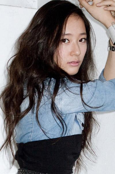 http://seoulbeats.com/wp-content/uploads/2011/06/110605_seoulbeats_krystal.jpg