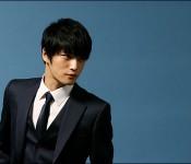 Jae-joong vs. Robert Pattinson. Say what???