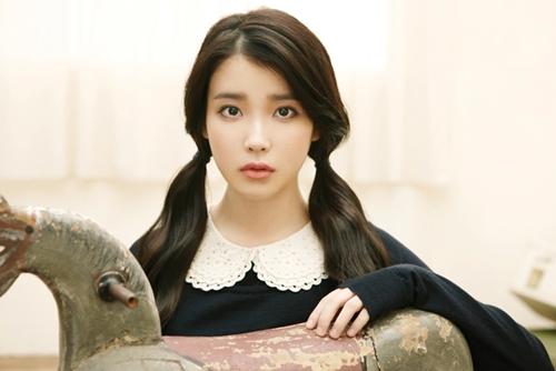 20111223_seoulbeats_IU_Last_fantasy_album_cover