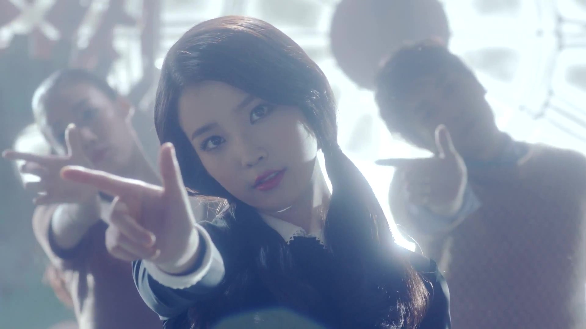 20111223_seoulbeats_IU_You_and_I_mv_dance