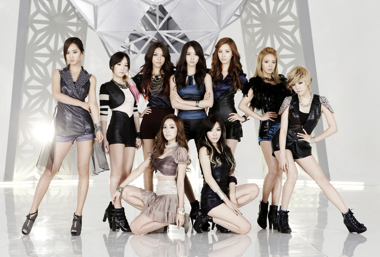 20111223_seoulbeats_SNSD_The_boys_mv