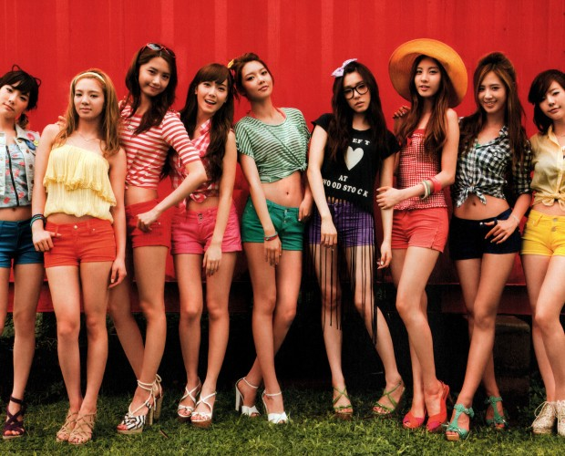 20120108_seoulbeats_snsd_holiday_lookbook (1)