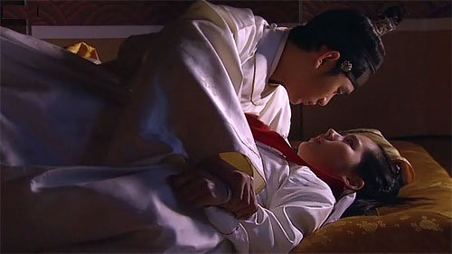 Moon That Embraces the Sun: Another great hit for Kim Soo