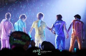 20120210_seoulbeats_shinee2