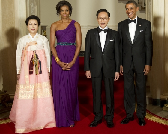 20120302 seoulbeats obama lee myung bak To compete in a amateur figure competition by fall 2012 (and hopefully place ...