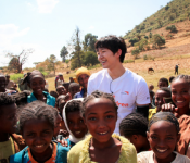 Junho and Lee Seung-gi: Compassion Counts