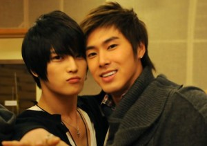 20120413_seoulbeats_yunho_jaejoong