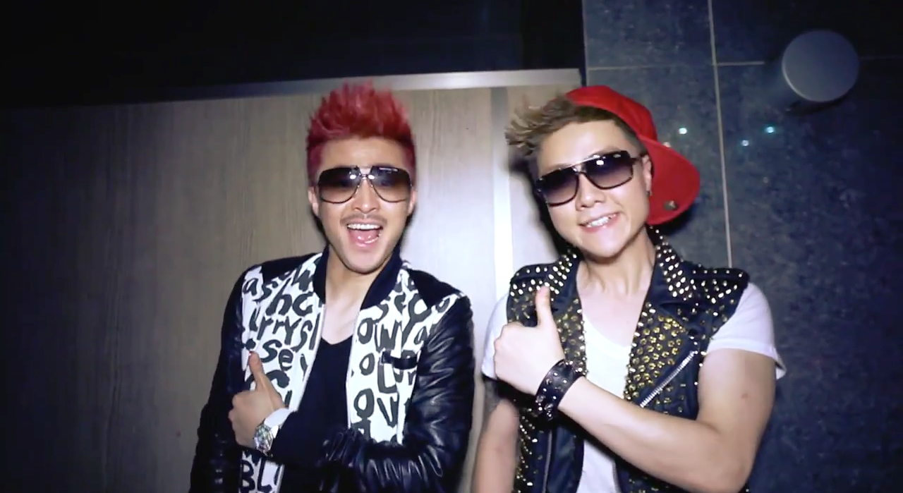 20120501_seoulbeats_thumbs_up_feature