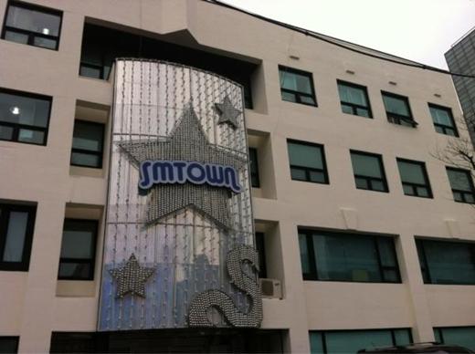 20120610_seoulbeats_smtown_building
