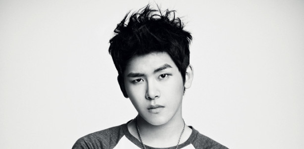 "Hoya ""Traumatized"" from Colleagues Constantly Questioning His Sexuality"