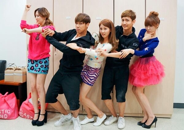 20121007_seoulbeats_snsd_tts_tiffany_taeyeon_seohyun_tvxq_changmin_yunho_musiccore