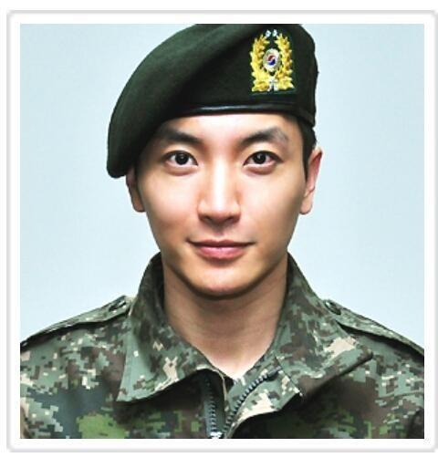 20130307_seoulbeats_suju_leeteuk_army