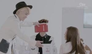 20130426_seoulbeats_shinee_onew_key_random_whysoserious