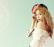 "Ailee Shines With ""A's Doll House"""