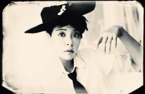 20130813_seoulbeats_amber_pinktape