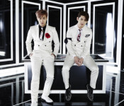 """TVXQ Leaves Fans """"Spellbound"""""""