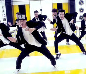Swing Your Hips With Super Junior-M