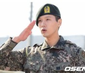Ji Hyun-woo Released From the Military