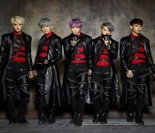"""LU:KUS Debuts Typical K-pop with """"So Into U"""""""