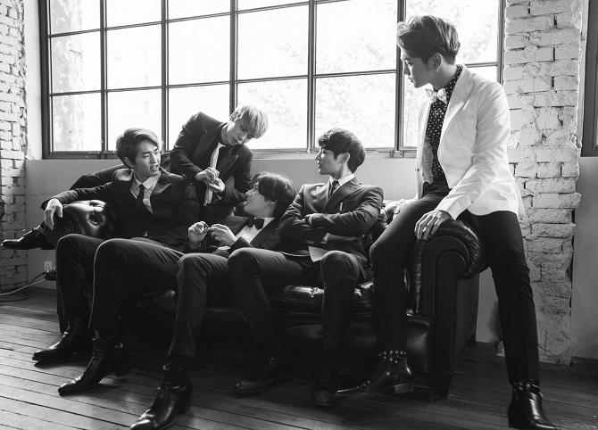 20141202_seoulbeats_shinee_smtown_jpn1