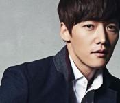 Choi Jin-hyuk Announces March 31st Enlistment