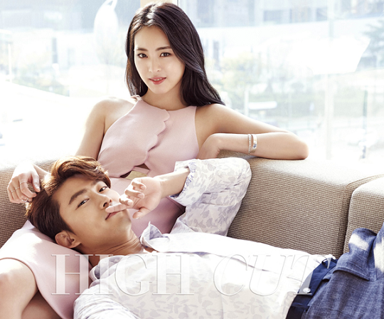 20150419_seoulbeats_2pm_Taecyeon_Lee Yeon Hee