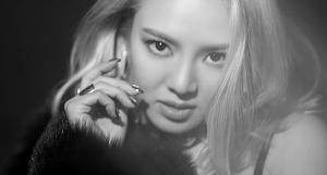 12052016_seoulbeats_hyoeyon_mystery_4