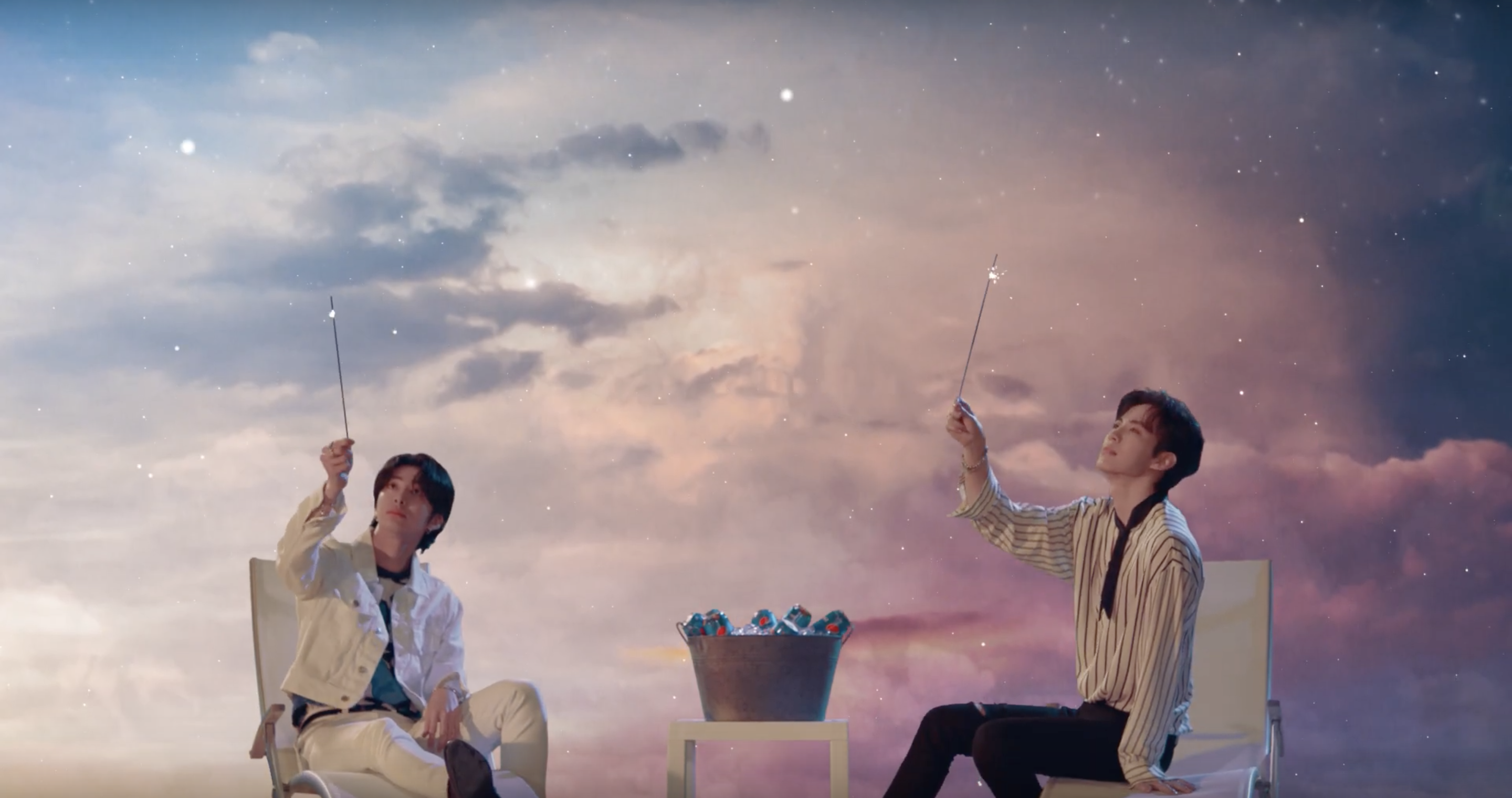 """Hyungwon & Hongbin's """"Cool Love"""" is Refreshing, but Forgettable"""